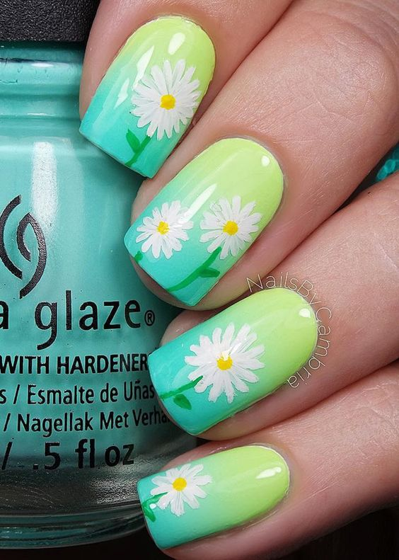 5 ideas para pintar tus uñas en primavera – Dale mobilidad a tu look
